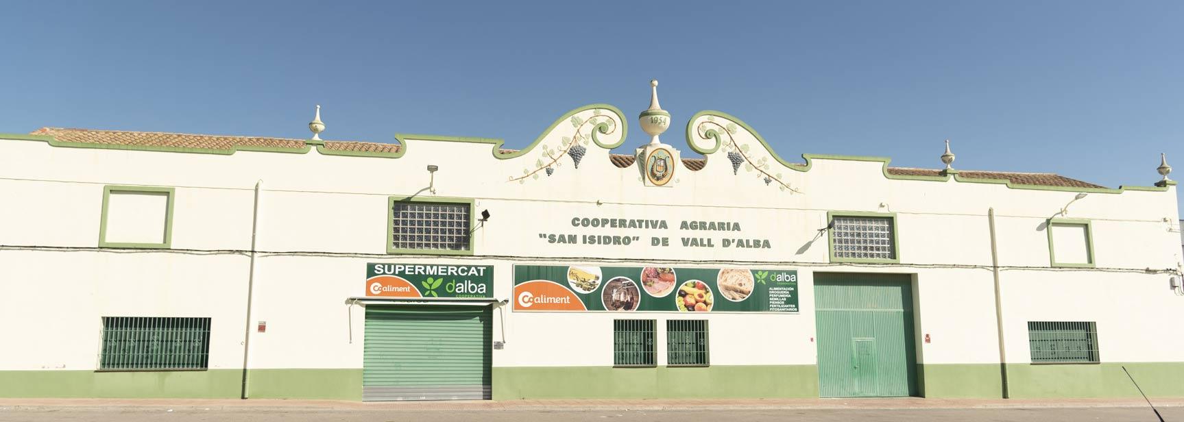 fachada completa Cooperativa Vall d´Alba